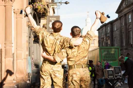 Fotograma de la película Amanece en Edimburgo