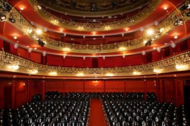 Teatro-Lara