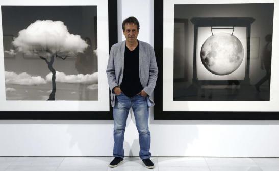 El fotógrafo Chema Madoz en la inauguración de la exposición `Las reglas del juego´