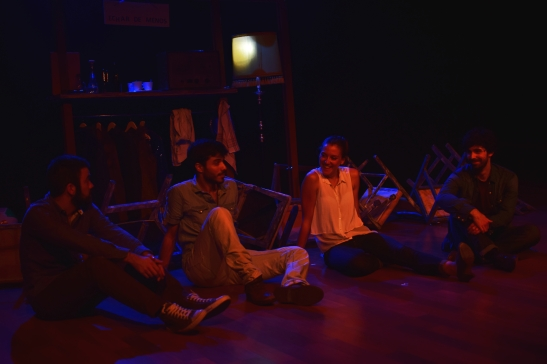 Escena - Echar de menos (de izqda a dcha) Viěctor Nacarino, Javier Prieto, Carmen Valverde y Diego Cabarcos